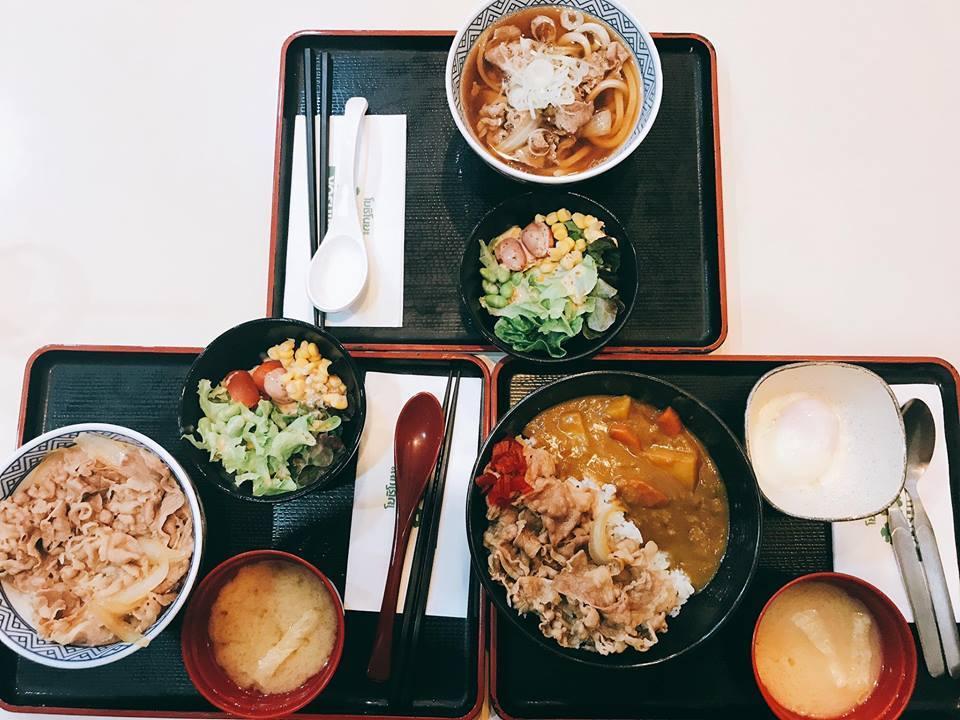 food-court-Terminal-211