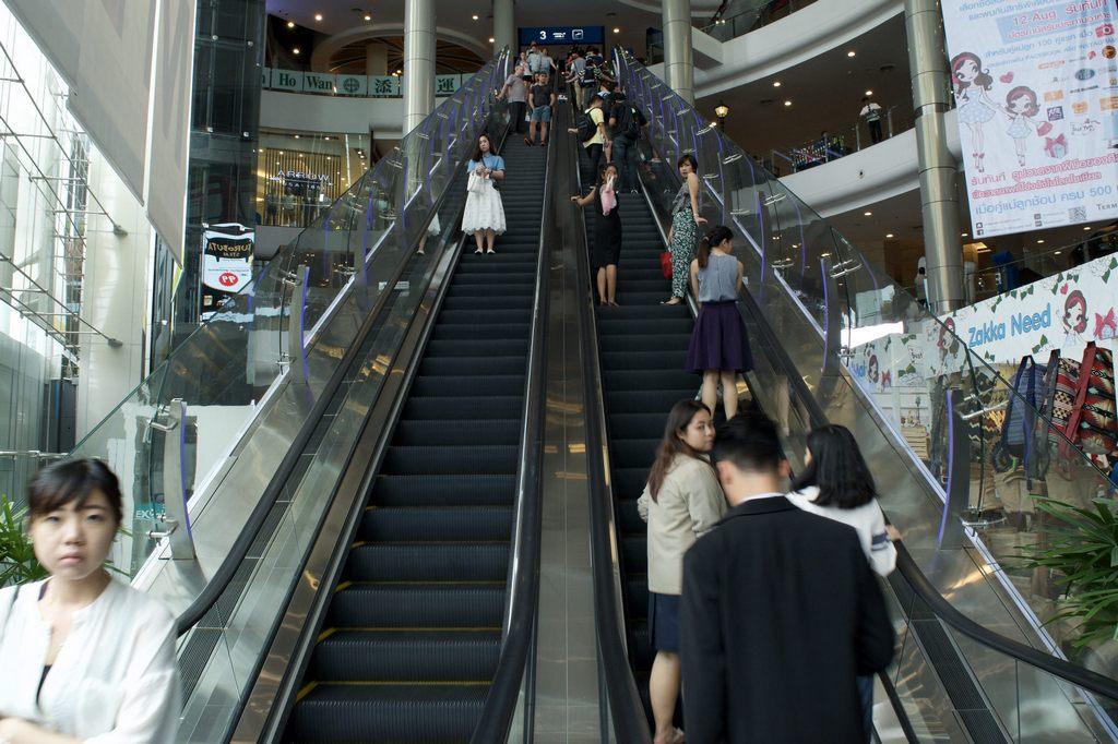 level M Paris-terminal-21-shopping-mall-bangkok