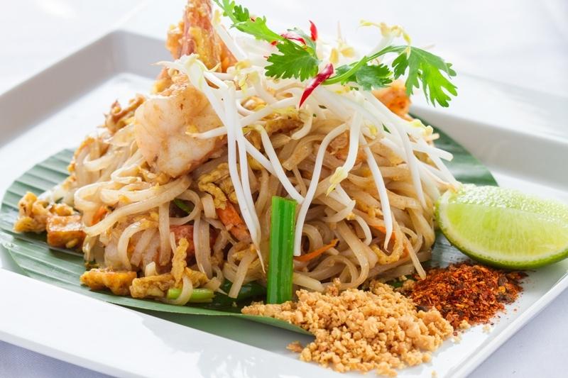 pad-thai-pier-21-terminal 21-food