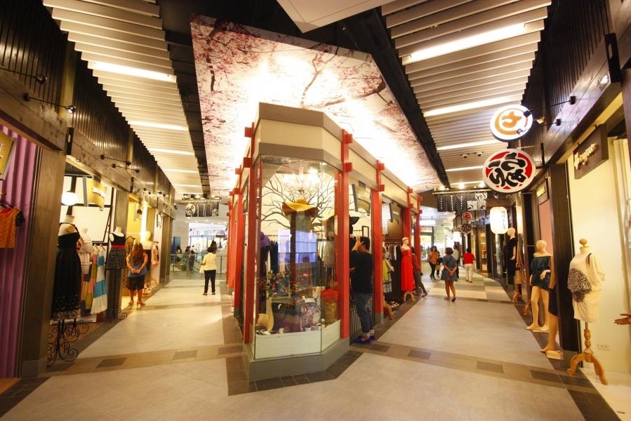 terminal-21-shopping-mall-center-bangkok1
