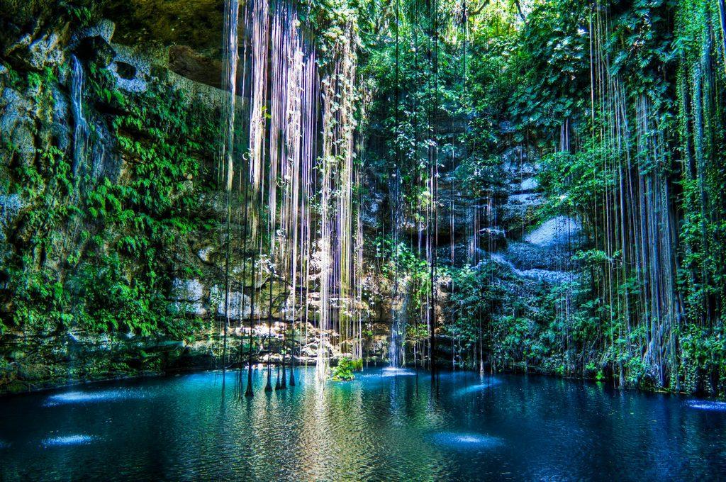 Ik Kil- Cenote-Mexico3