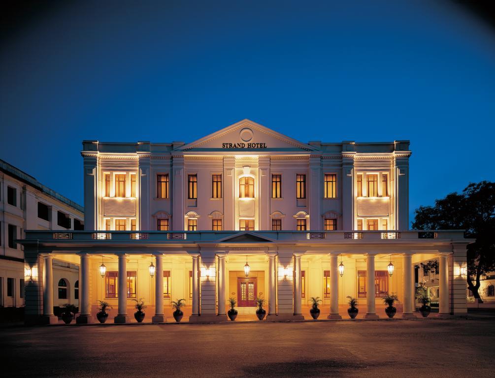Strand Hotel, Yangon