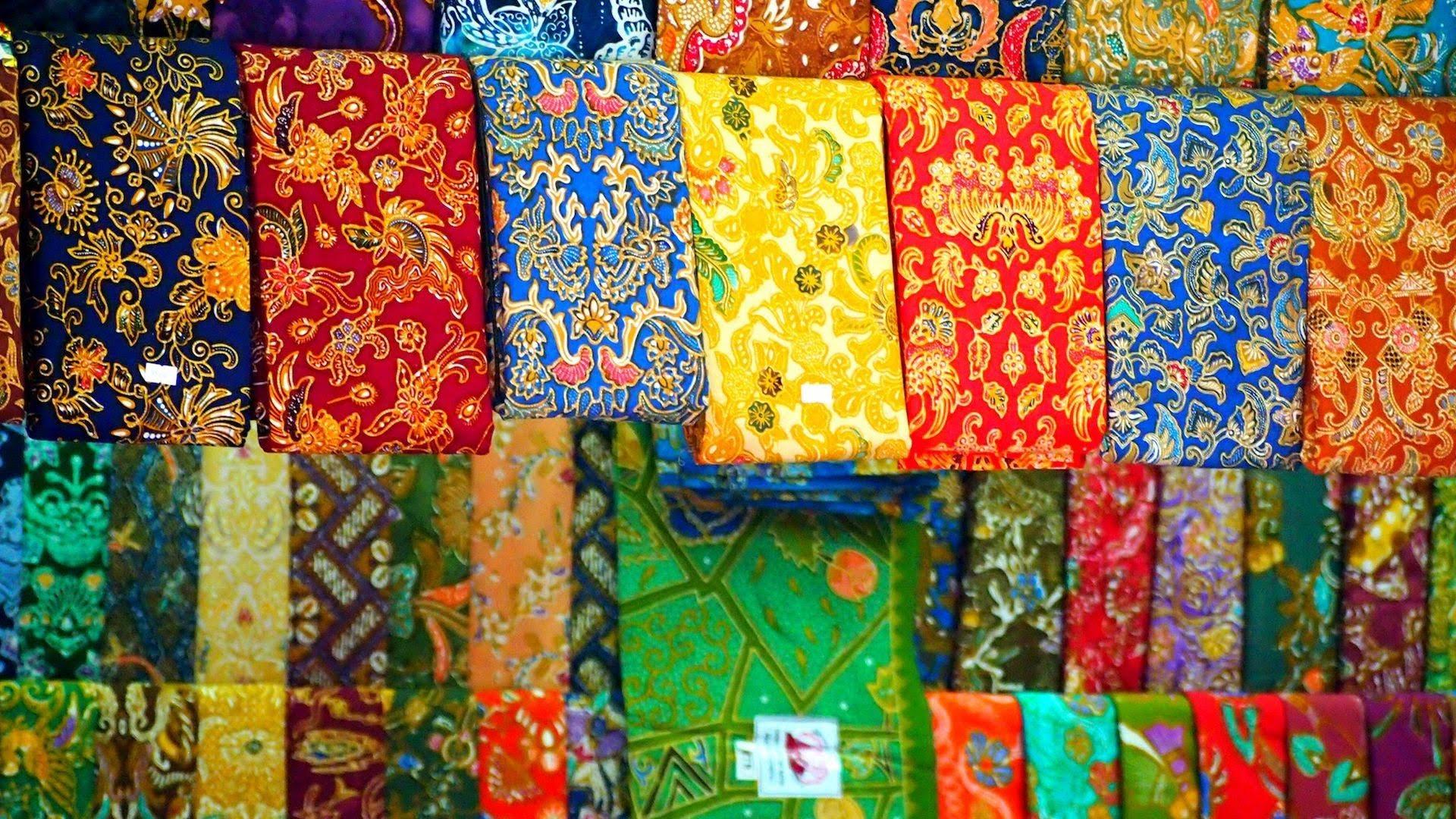 carpets in Bogyoke Aung San market, Yangon