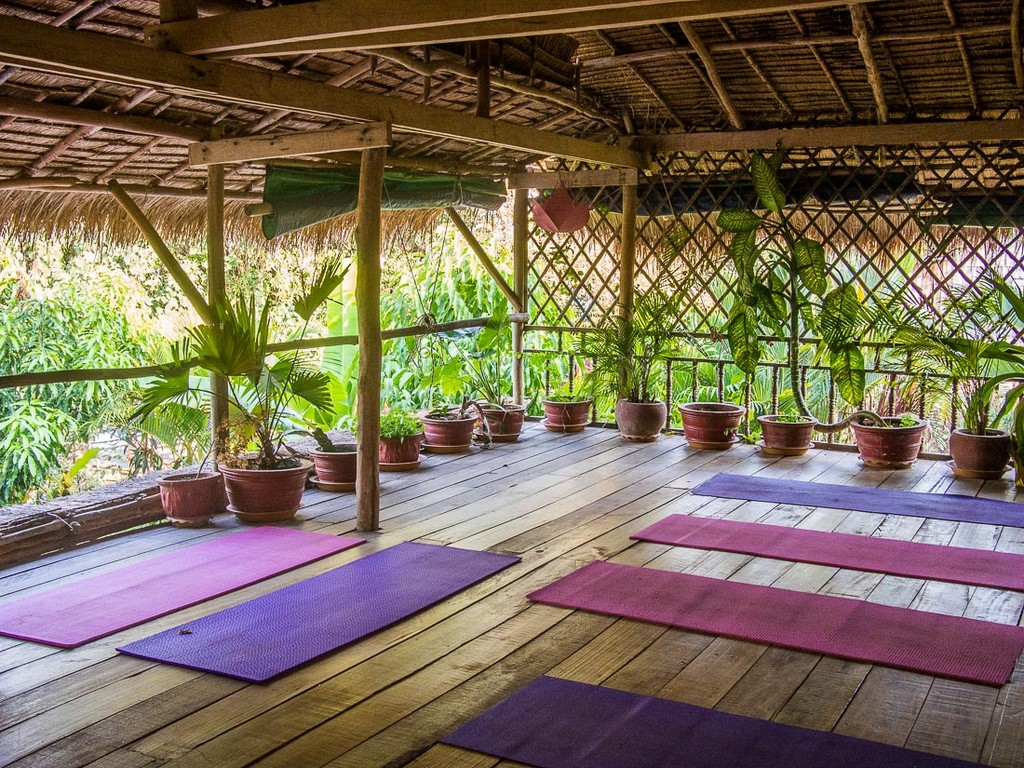 Yoga-classes-in-Kampot