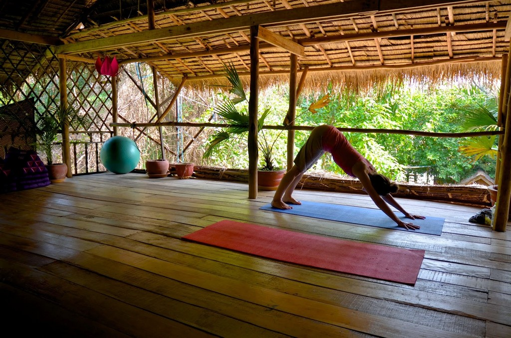 Yoga-classes-in-Kampot1
