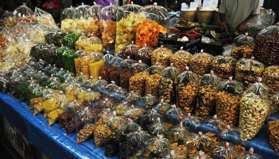 Sompet market chiangmai thailand1