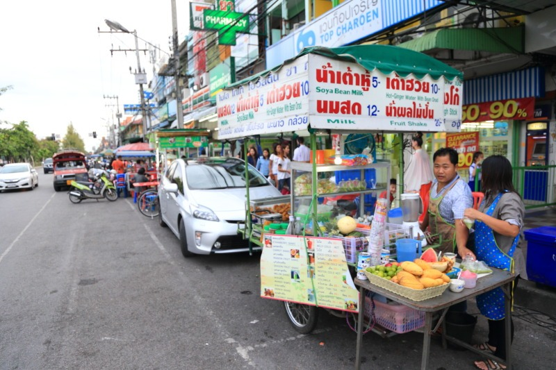 Sompet market chiangmai thailand3