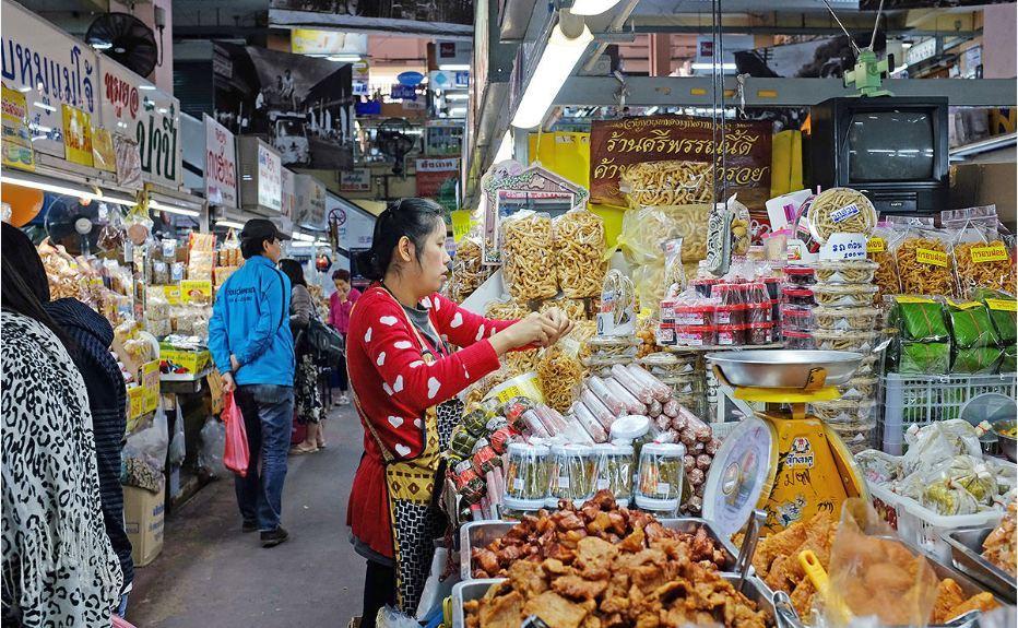 Warorot-Market-chiangmai thailand1