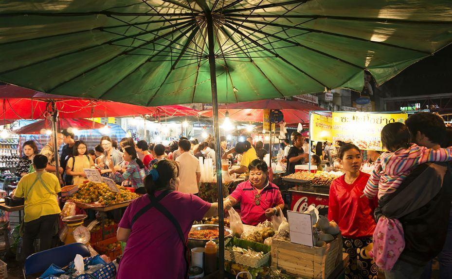 Warorot-Market-chiangmai thailand3