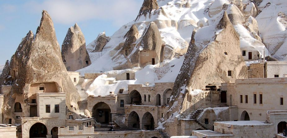 Göreme Cappadocia valley turkey1 Photo by: best places to visit in Cappadocia blog.
