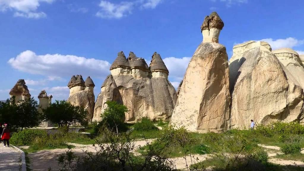 Paşabaǧ Cappadocia valley turkey1