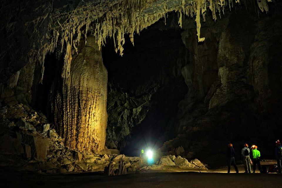 En Cave, Quang Binh 4