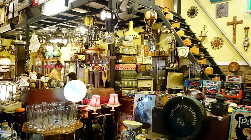 Rod's Antiques