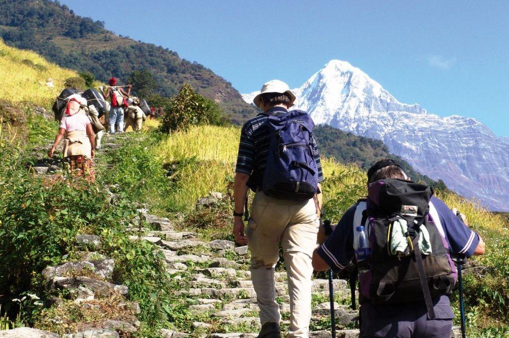 nepal autumn trekking
