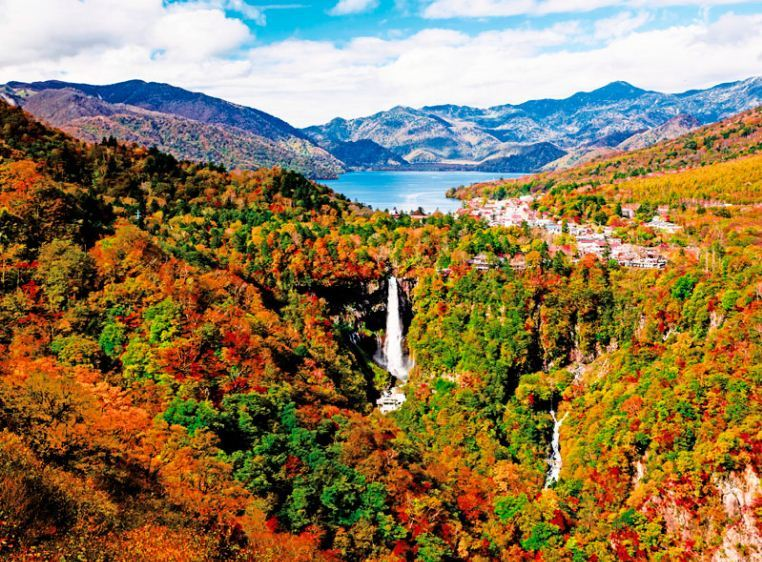 nikko places to see autumn leaves in japan (1)