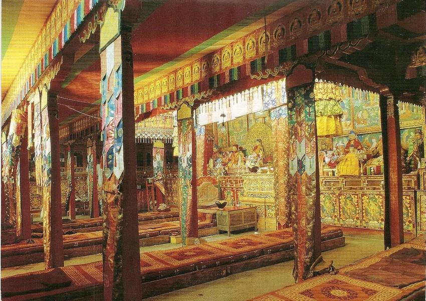 Foto: Potala Palace Lhasa Tibet facts blog.