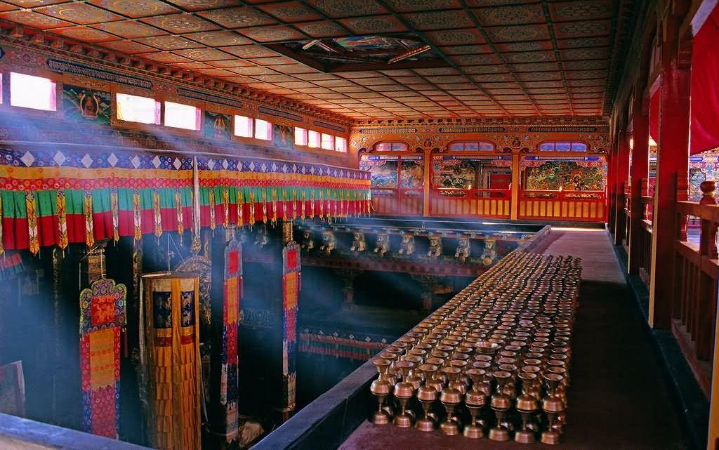 inside potala palace tibet 2