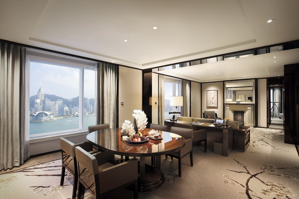 Peninsula-hotel-most-luxury-hotels-in-hong-k