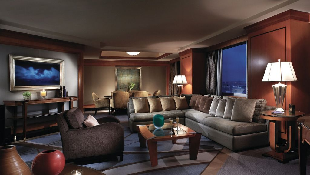 The Ritz-Carlton-most-luxury-hotels-in-hong-kong3