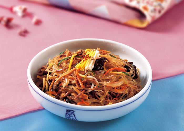 Japchae-korea-tips to save money in Korea