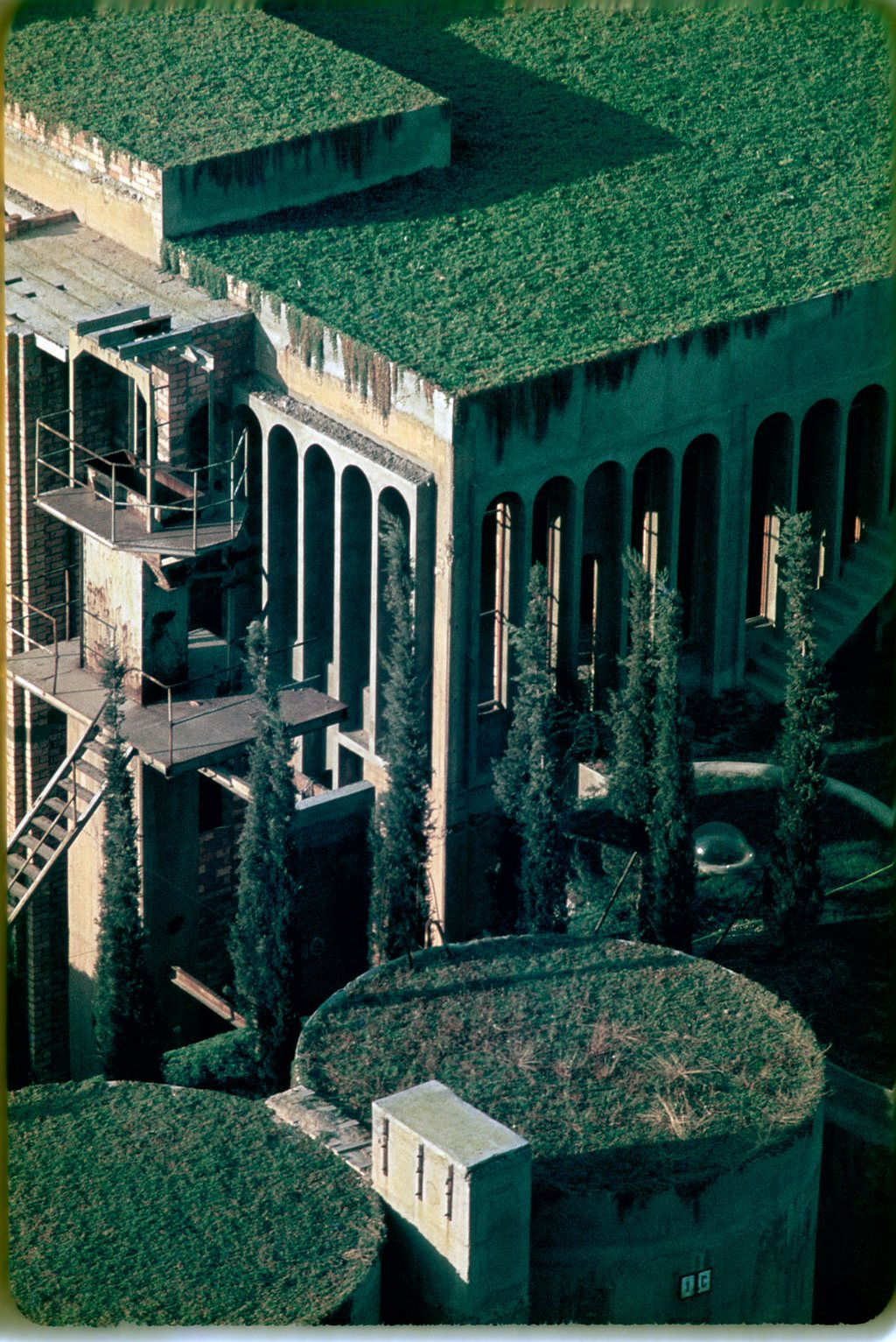 cement-factory-renovation-la-fabrica-ricardo-bofill (13)