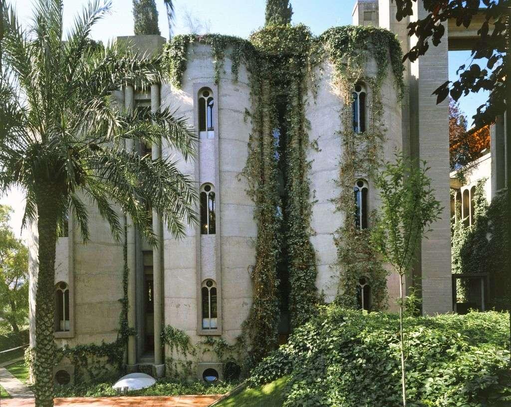 21La Fabrica Ricardo Bofill residence la fabrica barcelona (12 ...