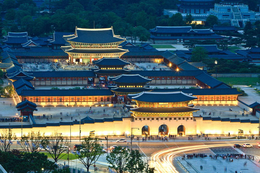 Gyeongbokgung palace night check out gyeongbokgung palace for Historical vacation spots in the south