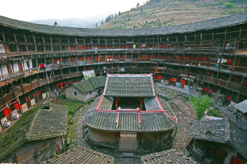 tulous in China-unique architecture in China (1)