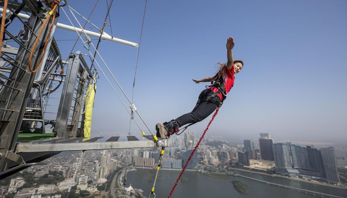 Bungee jumping at AJ Hackett Macau Tower