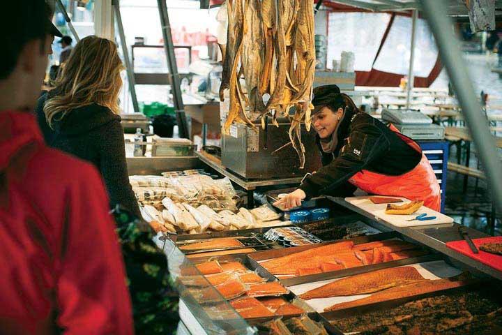 Fisketorvet fish market1