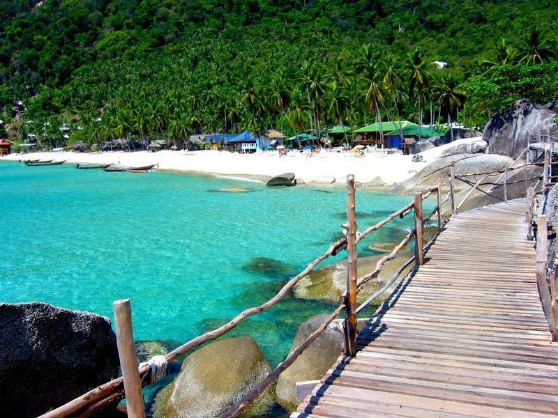 Haad Yuan beach_best beutiful beaches in koh phangan