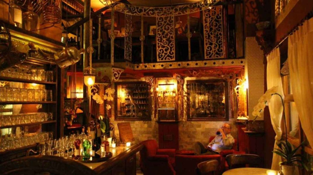 A RSutton & Co Engineers Siam4 Picture: best club in Bangkok 2015 blog.