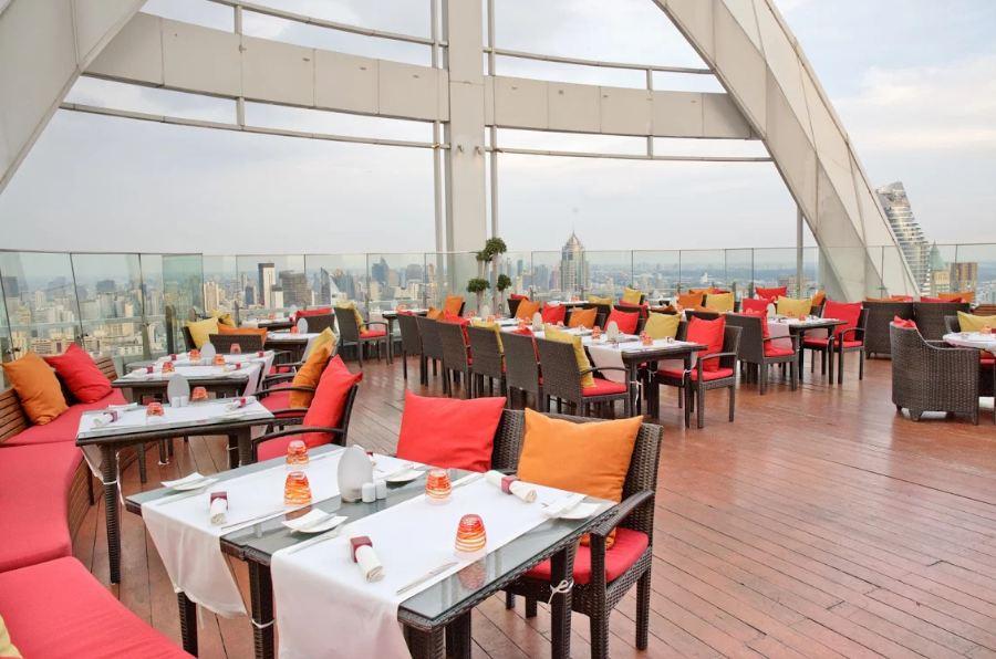 Red Sky bar bangkok4