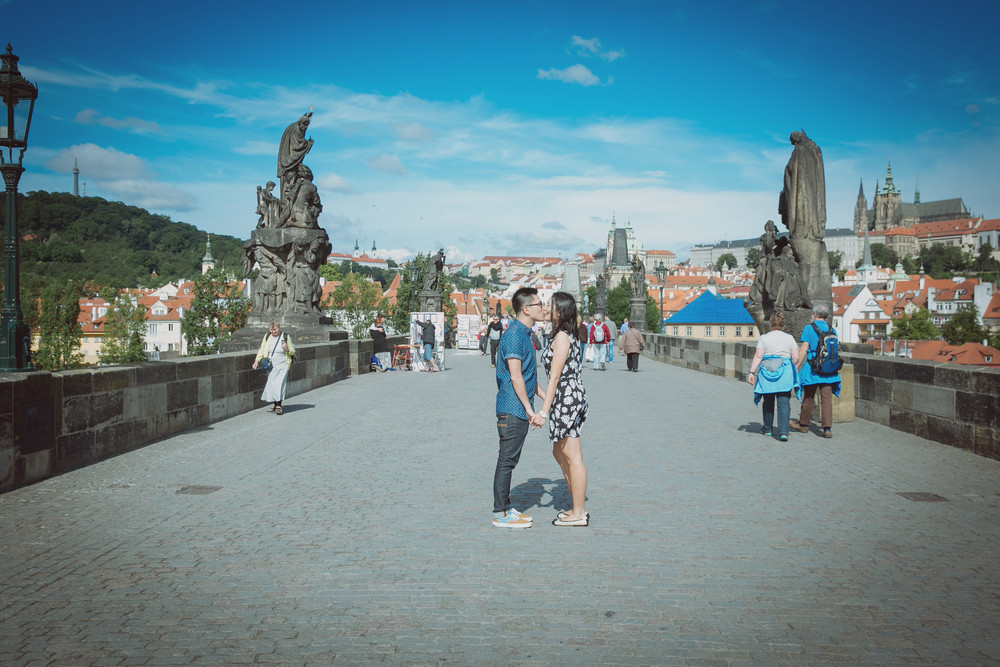 prague honeymoon destinations best cities for honeymoon (1)