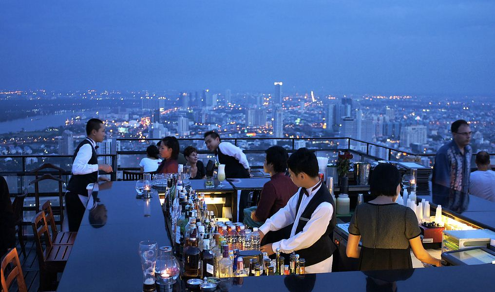 Image by: Bangkok best bars clubs blog.