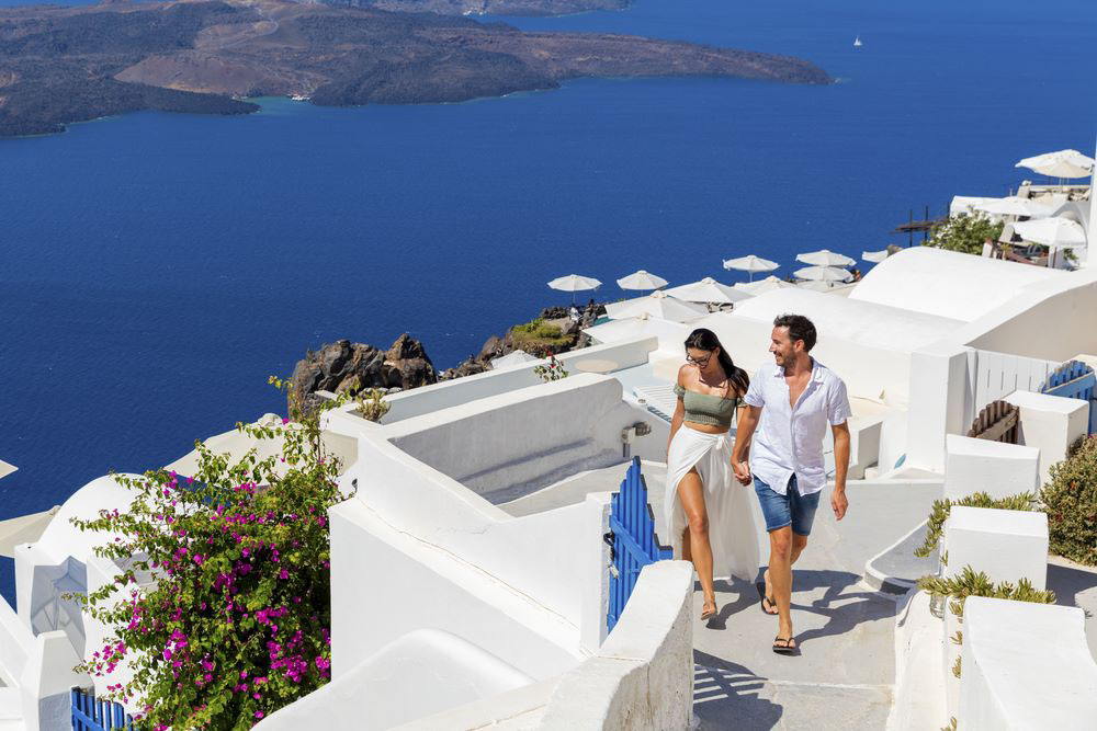 Post-Lunas-de-Miel-Grecia Image by: best European cities for honeymoon blog.