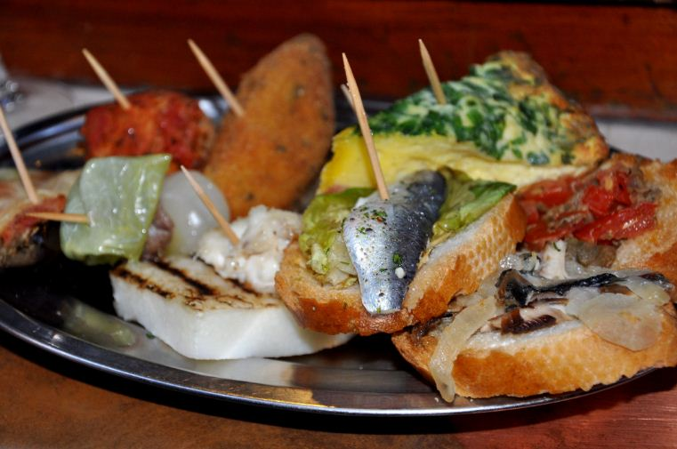 Cicchetti, One of the best Venetian foods. Credit: Venice travel blog.