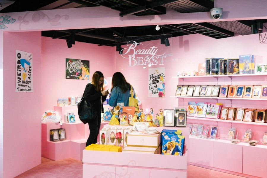 souvenirs, stationery, K-pop products common ground-best concept mall in seoul-korea3