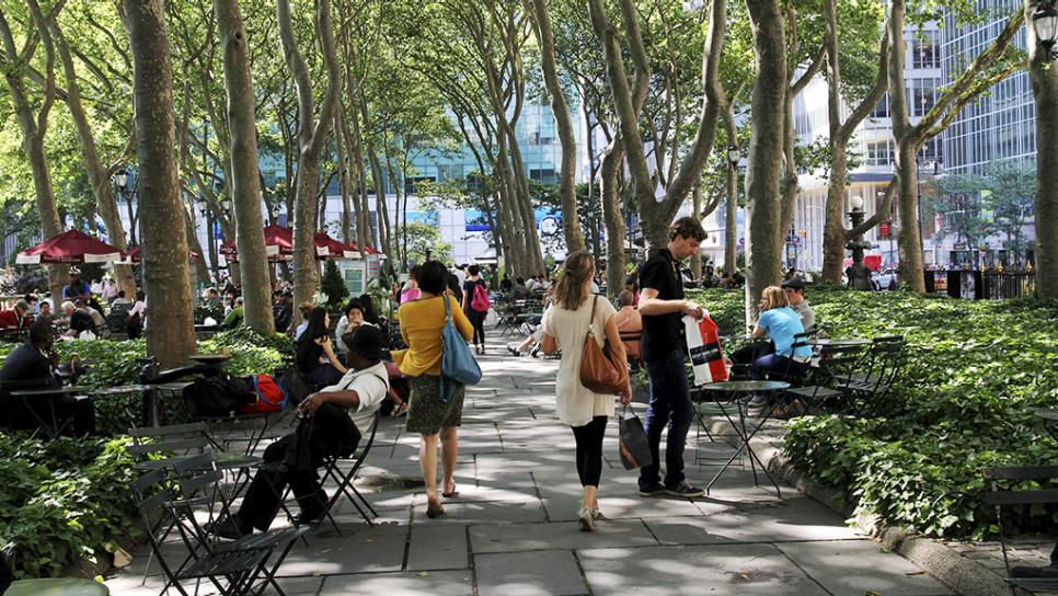 Bryant Park, New York4