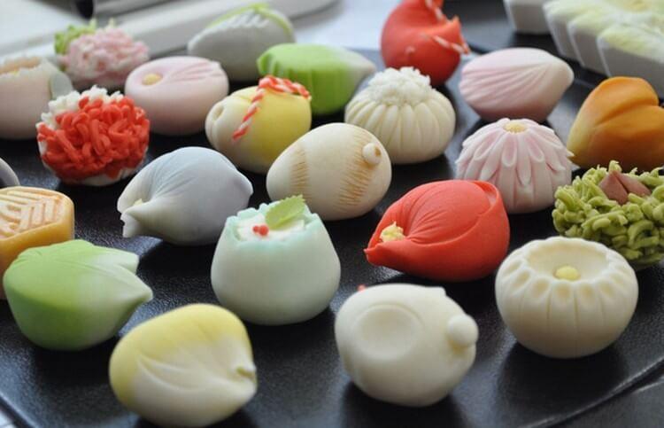 Nishiki-Market-Street-kyoto-things to do in nishiki market kyoto (25)