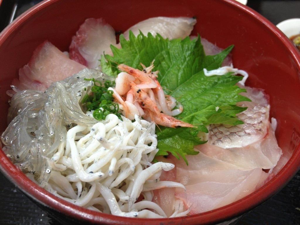 Nishiki-Market-Street-kyoto-things to do in nishiki market kyoto (6)