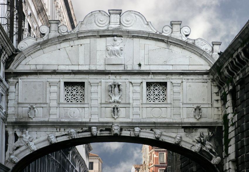 The Bridge of Sighs11
