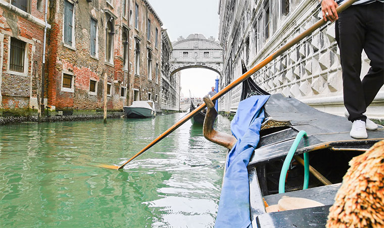 The Bridge of Sighs13