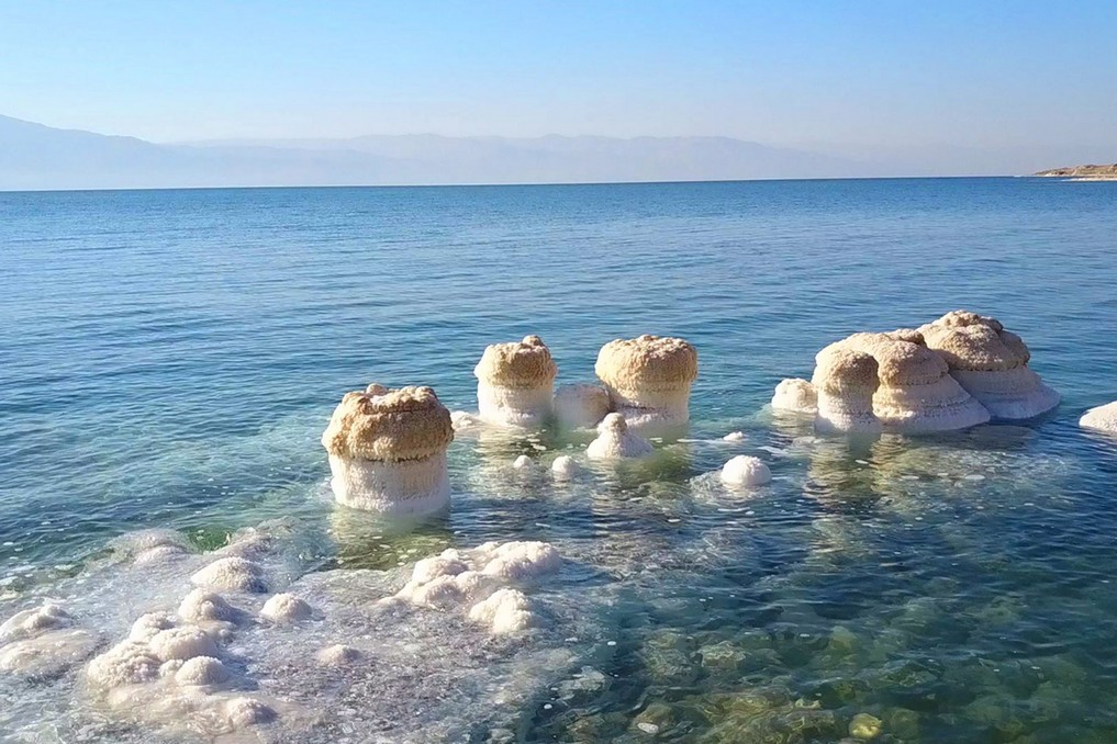 Dead Sea places to visit before they disappear