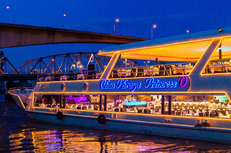 Chao Phraya dinner cruise blog 3