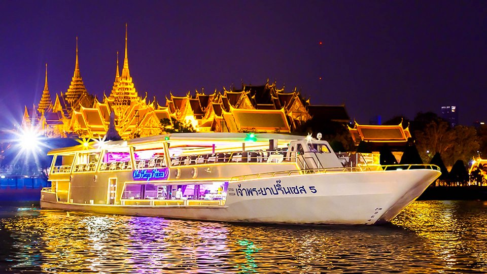 Chao Phraya Princess River Cruise what to do in bangkok at night,best things to do in bangkok at night,top things to do in bangkok at night,