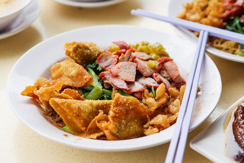 wanton noodles singapore