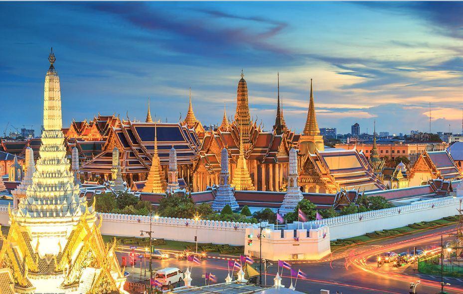 wat phra kaew temple bangkok