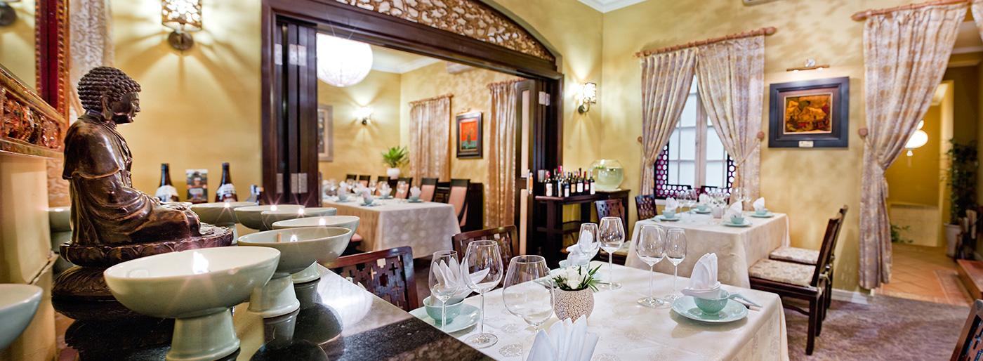 nam phuong restaurant hanoi (1)
