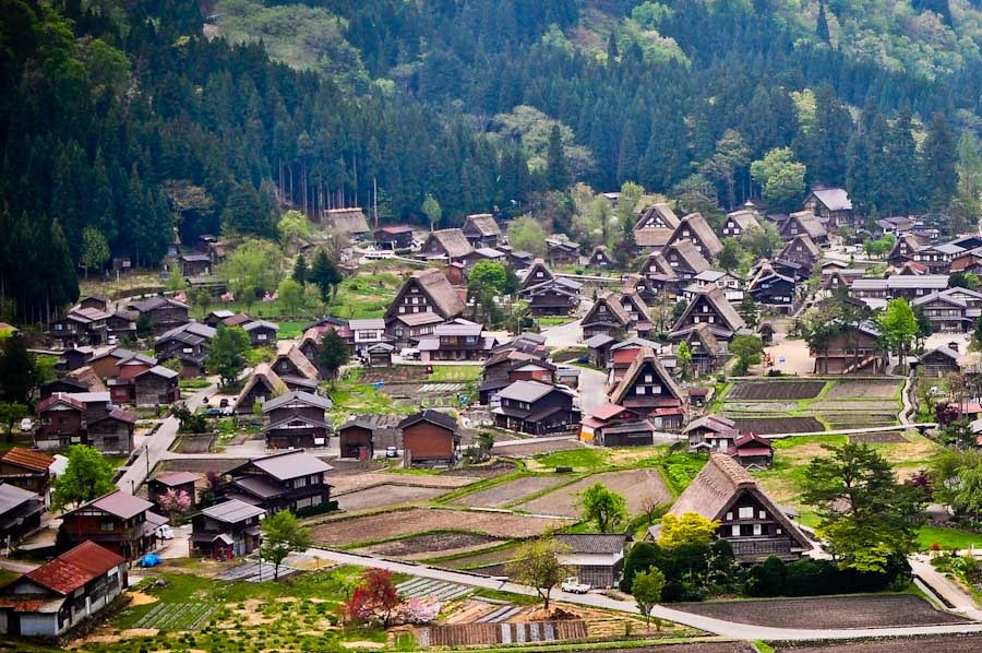 Credit: things to do in Shirakawa go blog.